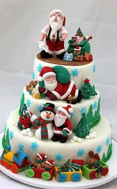 Yummy Santa Christmas Cake Decorating Ideas, 2013 Creative Christmas Food Ideas, How To Decorate Christmas Cake Christmas Cake Decorations, Christmas Sweets, Holiday Cakes, Noel Christmas, Christmas Goodies, Christmas Baking, Christmas Cakes, Christmas Wedding, Xmas Cakes