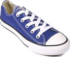 Converse Core Canvas Trainers Royal blue 30EUR-11UK Fabrics : Textile, Rubber sole Details : Low top trainers, Laces, Eyelets, Sewn logo This model is on the large side, we advise you to take a size below your usual size. Composition : 100% Cotton http://www.comparestoreprices.co.uk/january-2017-7/converse-core-canvas-trainers-royal-blue-30eur-11uk.asp