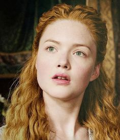 """Holliday Grainger as Lucrezia Borgia in """"The Borgias"""" Os Borgias, Lucrezia Borgia, Holliday Grainger, Playing With Hair, Lost Girl, Kirsten Dunst, Beautiful Girl Image, Female Characters, Pretty Face"""