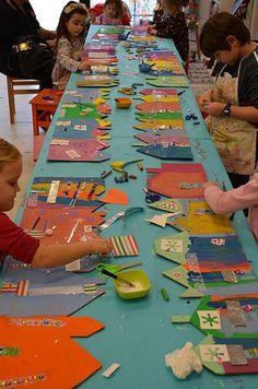 40 Easy Collaborative Art Projects For Kids In 2019 - Cartoon District Kindergarten Art, Preschool Art, Kids Workshop, Collaborative Art Projects, Cardboard Art, Cardboard Houses, Ecole Art, Winter Art, Art Classroom