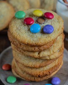 Unsere Lieblingscookies - Kinderleicht gemacht Rezept Subway Cookies, beste Cookies, einfache Rezepte, backen, backen mit Kindern, einfach, gesunde Rezepte, Mrs Flury Basis Rezept, Smarties Kekse, Kekse, Familienrezept, einfache Cookies, Cookies backen, Beschäftigung #cookies #rezepte #einfachundlecker #mrsflury