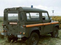 Click image for larger version. Name: RAF Police - Land Rover Defender 90 - RAF Machrihanish - 58 KG 01 - rear 2.jpg Views: 11 Size: 46.7 KB ID: 58911