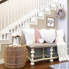 In this DIY tutorial, we will show you how to make Christmas decorations for your home. The video consists of 23 Christmas craft ideas. Bench Decor, Stair Decor, Entryway Decor, Wall Decor, Foyer, Living Room Decor Furniture, Bedroom Decor, Entry Bench, Living Room White