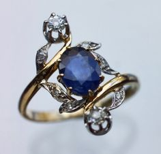 Trendy Diamond Rings : French, Gold, Sapphire and Diamonds. - Buy Me Diamond Jewelry Box, Jewelry Rings, Jewelry Accessories, Fine Jewelry, Jewelry Design, Jewlery, Gold Jewellery, Antique Rings, Antique Jewelry