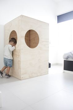 Ale Besso: Plywood Box