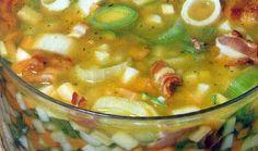 Χωριάτικη σούπα Greek Recipes, Cheeseburger Chowder, Soups, Recipies, Food And Drink, Ethnic Recipes, Desserts, Recipe, Kitchens