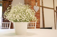 hessian and gypsophila table - Google Search