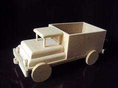 Caminhão para decoração de festa Comprimento 32 cm, largura 15 cm