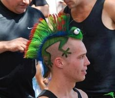 Bro Rockin' a Lizard Mohawk  Good to have that cold blooded insulation on your head for the winter.