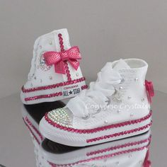 Baby/Toddler/Girls Custom Crystal Bling by ConverseCrystalsGirls Custom Crystal *Bling* Converse Infant Sizes Other Colours available Cute Baby Shoes, Baby Girl Shoes, Kid Shoes, Girls Shoes, Zapatos Bling Bling, Bling Shoes, Baby Bling, Camo Baby, Bling Inverse