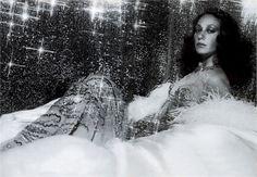 Azzaro fait son come-back couture http://www.vogue.fr/mode/news-mode/diaporama/azzaro-defilera-en-juillet-pendant-la-semaine-de-la-haute-couture-a-paris/18963