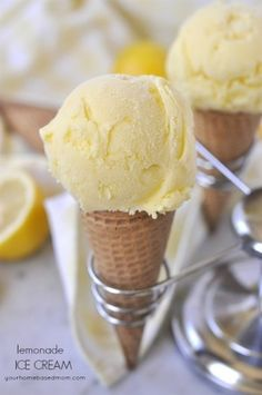 Top 50 Homemade Ice Cream and Popsicle Recipes - the perfect, refreshing summer dessert guide! Today I am sharing my Top 50 Homemade Ice Cream and Popsicle Recipes! This was such a fun round up Ice Cream Treats, Ice Cream Desserts, Ice Cream Flavors, Köstliche Desserts, Lemon Desserts, Lemon Recipes, Frozen Desserts, Ice Cream Recipes, Frozen Treats