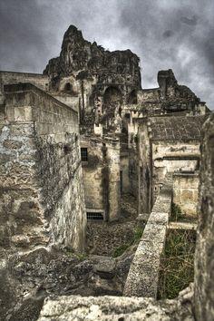 Vicolo tra i sassi - Matera, Basilicata_ Italy