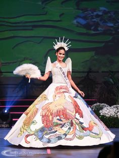 Philippines People, Miss Philippines, Philippines Fashion, Philippines Culture, Doll Cake Designs, Modern Filipiniana Gown, Lorraine, Barbie Miss, Belle Beauty And The Beast