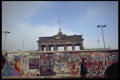 Quand le mur tombait, il y a 25 ans | Art/ctualité