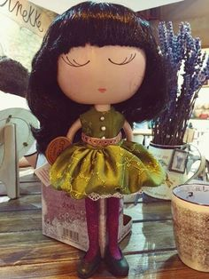 Zasnená bábika Anekke ❤ Disney Characters, Fictional Characters, Dolls, Disney Princess, Art, Crafts, Caricature, Craft Art, Puppet