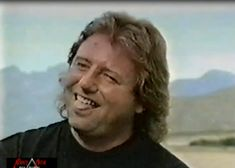 for the occasion, here is a selection of my best screenshots of ELPowell era Greg which is a very precious era Greg Lake, Beautiful Voice, Joy And Happiness, Pure Beauty, Kinds Of Music, Music Stuff, Emerson, Fangirl, I Am Awesome