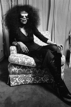 CHAKA KHAN, CIRCA 1970S | VINTAGE BLACK STYLE Join Black History Album On Pinterest #Celebrities