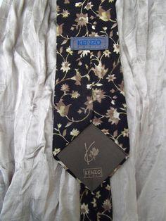 Kenzo vintage tie silk beige tones floral print by CHEZELVIRE, $10.00 Neckties, Jansport Backpack, Kenzo, Floral Prints, Beige, Silk, Trending Outfits, Unique Jewelry, Handmade Gifts
