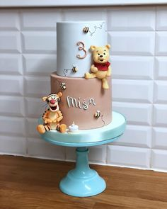 The best first birthday cakes can be mind-blowing, here's some awesome birthday cake inspiration for celebrating your little one's special day. Pooh Baby, Winnie The Pooh Cake, Winnie The Pooh Birthday, Baby First Birthday Cake, First Birthday Cakes, Birthday Cake Girls, Colorful Birthday Cake, Baby Boy Cakes, Girl Cakes