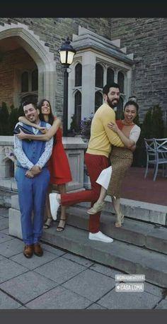 Drew Scott, Jonathan Silver Scott, Scott Brothers, Property Brothers, Hgtv, Hot Guys, Couple Photos, My Style, People