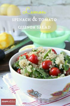 If there is one ingredient I love it is lemons. There is something about that citrus addition that brightens flavors so much. Today I am sharing my favorite Lemony Spinach & Tomato Quinoa Salad that is one of my favorite ways to use lemons in my house. Greek Quinoa Salad, Quinoa Salad Recipes, Healthy Recipes, Quinoa Spinach, Healthy Options, Delicious Recipes, Free Recipes, Vegetarian Recipes, Clean Eating Foods