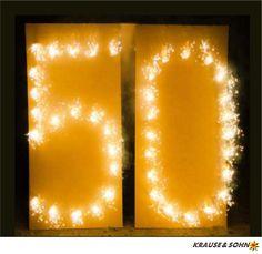 Brennende Zahl 50, ein schönes Geschenk zum Geburtstag oder zur Goldenen Hochzeit. #Feuerwerk #Geburtstag #50 #Goldhochzeit