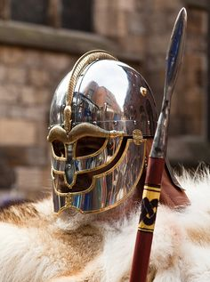 pre- viking helmete , a Vendel era