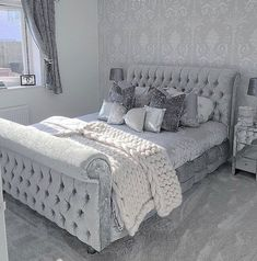 Bedroom ideas for quite awe inspiring room decor. Please Try the bedroom design post 7548794025 right now. Glam Bedroom, Cozy Bedroom, Home Decor Bedroom, Master Bedroom, Modern Bedroom, Grey Bedrooms, Scandinavian Bedroom, Minimalist Bedroom, Contemporary Bedroom