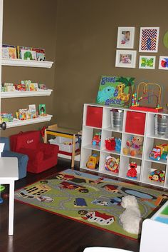Kids Week: An Organized Playroom | Kuzak's Closet - Professional Organizing & Estate Sales