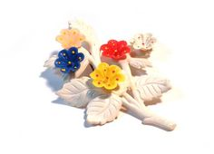 Vintage 1940s Large Novelty Flower Bunch Celluloid  Pin Brooch