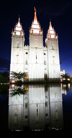 Mormon temple in Salt Lake City mirrored in a pond