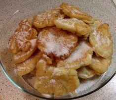 Τηγανίτες με μήλα !!! ~ ΜΑΓΕΙΡΙΚΗ ΚΑΙ ΣΥΝΤΑΓΕΣ Apple Deserts, Food Gallery, Fruit Pie, Apple Recipes, Apple Pie, Food Processor Recipes, Recipies, Food And Drink, Sweets