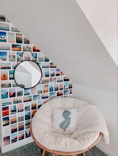 Cute Room Decor, Teen Room Decor, Wall Decor, Room Ideas Bedroom, Bedroom Decor, Bedroom Inspo, Bedroom Table, Aesthetic Room Decor, Cozy Room