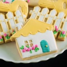@Morgan Goldberg New Home Cookies....with step-by-step decorating tutorial