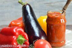 Sos ma przewagę pomidorów ale dodatek bakłażanów i papryki. Znakomicie nadaje się do kanapek, mięsa z grilla i jako dodatek smakowy do innyc...