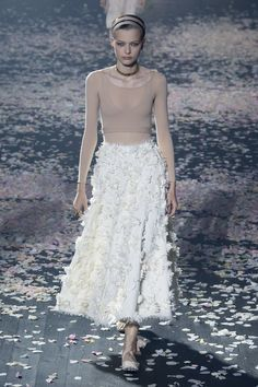 Christian Dior Spring 2019 Ready-to-Wear Fashion Show Collection: See the complete Christian Dior Spring 2019 Ready-to-Wear collection. Look 61