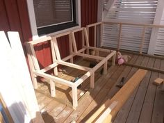 Platsbyggd lounge soffa - En klippbok om inredning