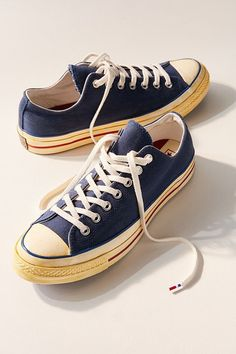 new product 0c892 4eef4 Converse Chuck Taylor All Star 70 Low Top Canvas Sneaker