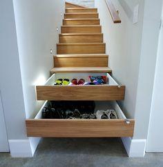Dicas para aproveitar o espaço - gavetas na escada