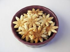 Red Couch RECIPE:  DAISY PIE  CRISPS .. So cute and easy ... made from pie crust