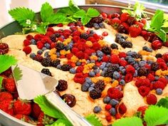 Simple Summer Cake with Berries