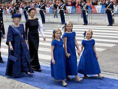 Dutch Royal Family  | The Royal Hats Blog-After the Inauguration-Princess Beatrix and Princess Mabel follow Princess Alexia, Crown Princess Catharina-Amalia, and Princess Ariane
