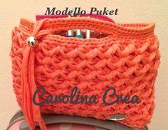 bolso de mano portacosméticos tal vez en punto estrella Handmade Fettuccia & co. Carolina Crea.