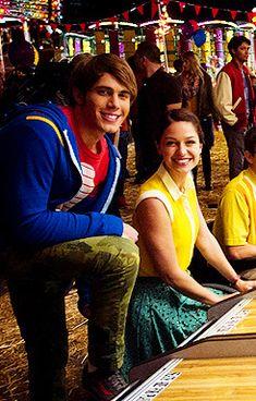 Melissa Blake, Blake Jenner, Glee Fashion, Supergirl Comic, Melissa Benoist, Growing Up, Appreciation, Ships, Bts
