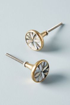 Discover unique Knobs at Anthropologie, including the seasons newest arrivals.