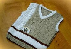 Ravelry: Argyle Vest pattern by Patons Baby Booties Knitting Pattern, Baby Hats Knitting, Sweater Knitting Patterns, Knitting For Kids, Knitting Socks, Knitted Hats, Knit Baby Sweaters, Vest Pattern, Baby Cardigan