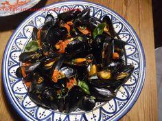 Saute di muscoli ( cozze) e zafferano. Barbara's Kitchen a blog about contemporary Tuscan food.