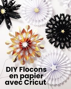 Tutoriel vidéo et modèles de découpes téléchargeables pour réaliser des flocons en papier. Ici, découpe avec Cricut Joy Origami, Cricut, Cute Diys, Illustration, Paper Art, My Books, Easy Diy, Photos, Joy