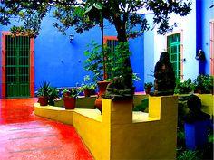 Frida Kahlo's casa azul - coyacán | via Mexico Historic & Hip ~ Cityhaüs Design